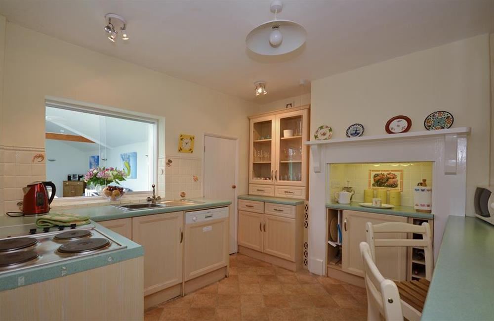 The farmhouse style kitchen at Homelands, Dittisham