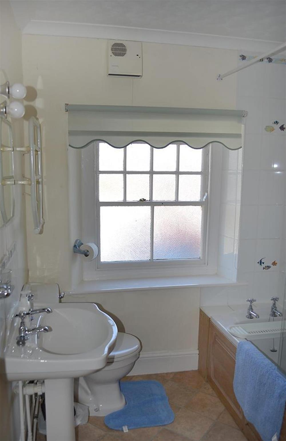 The first floor bathroom at Homelands, Dittisham