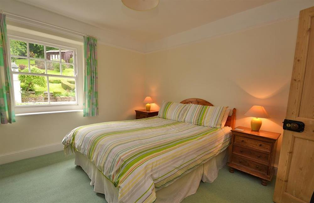 The master double bedroom at Homelands, Dittisham