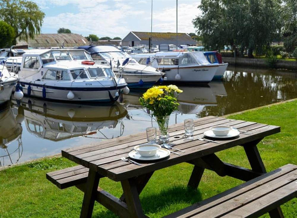 Sitting-out-area with riverside views at Ardea,