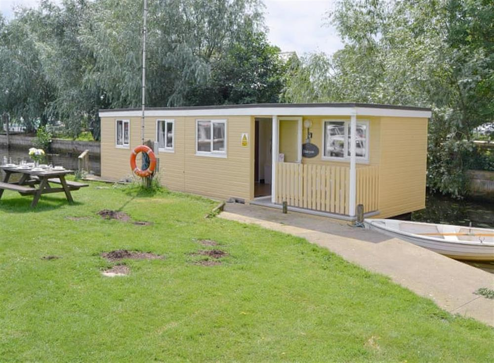 Charming holiday home at Halcyon,