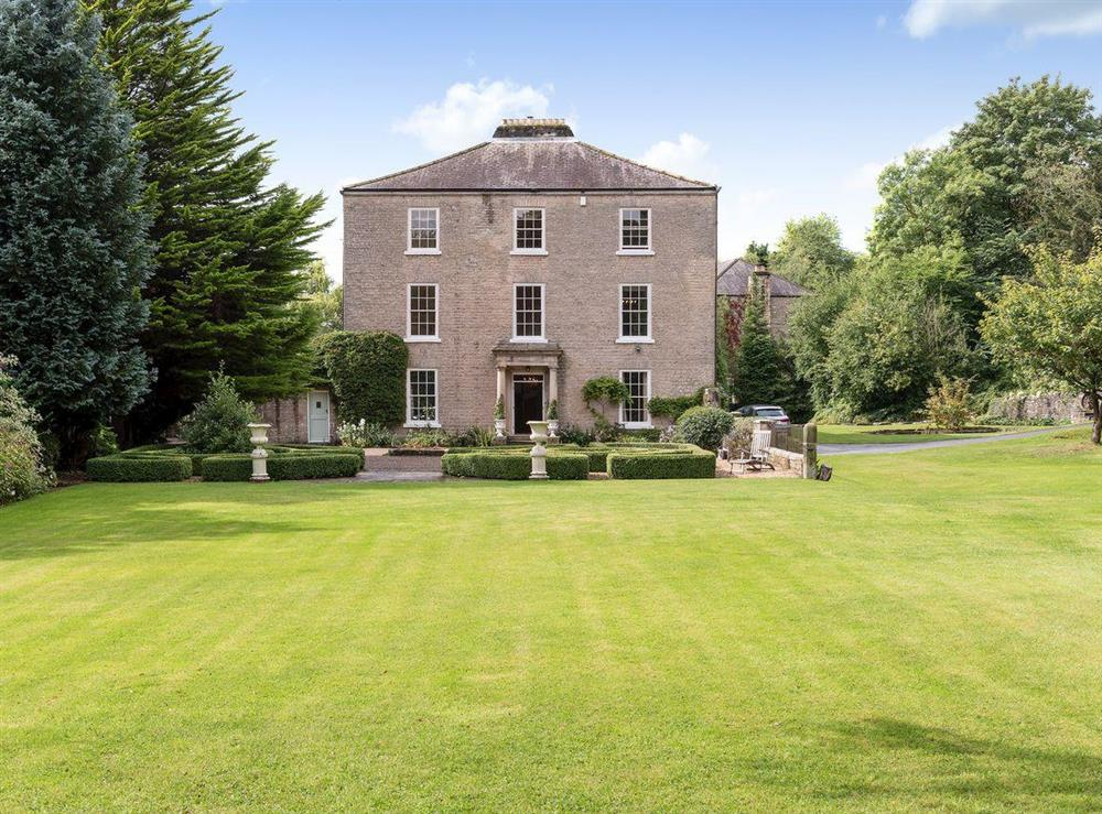 Wonderful Grade II listed holiday property at Howe Villa in Richmond, North Yorkshire