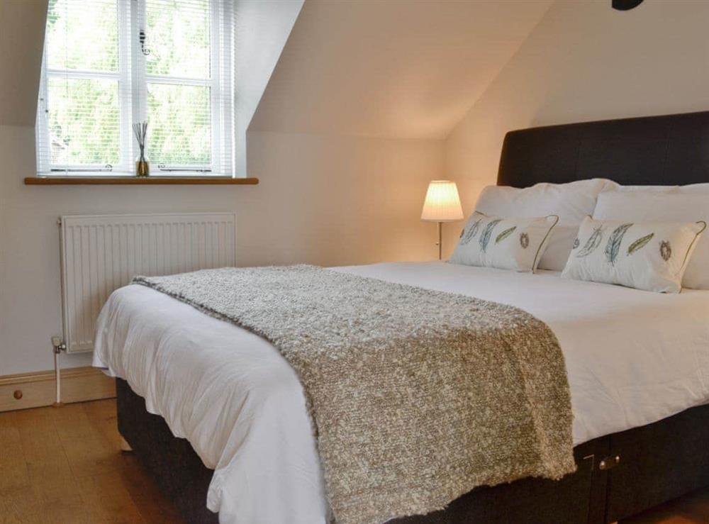 Double bedroom at Hurdlemakers Loft in Upper Brailes, near Banbury, Warwickshire