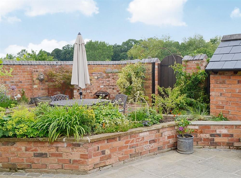 Garden at Hurdlemakers Loft in Upper Brailes, near Banbury, Warwickshire