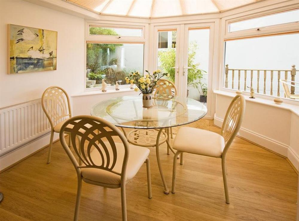 Dining Room at Inglewood Cottages 2 in Swannaton, Devon