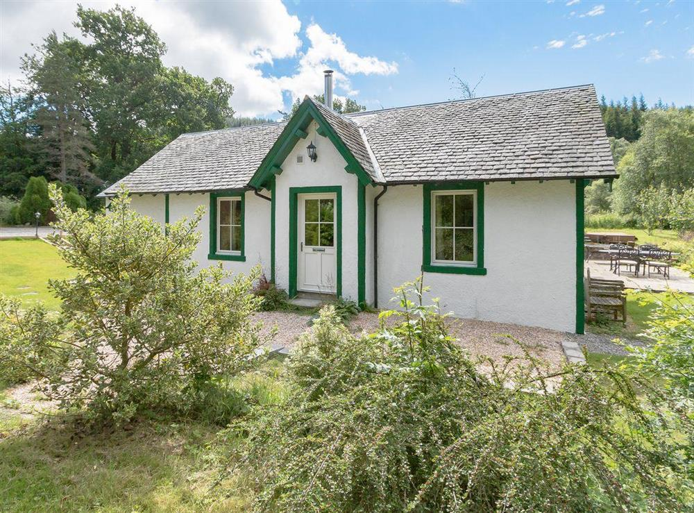 Charming holiday home at Graces Cottage,