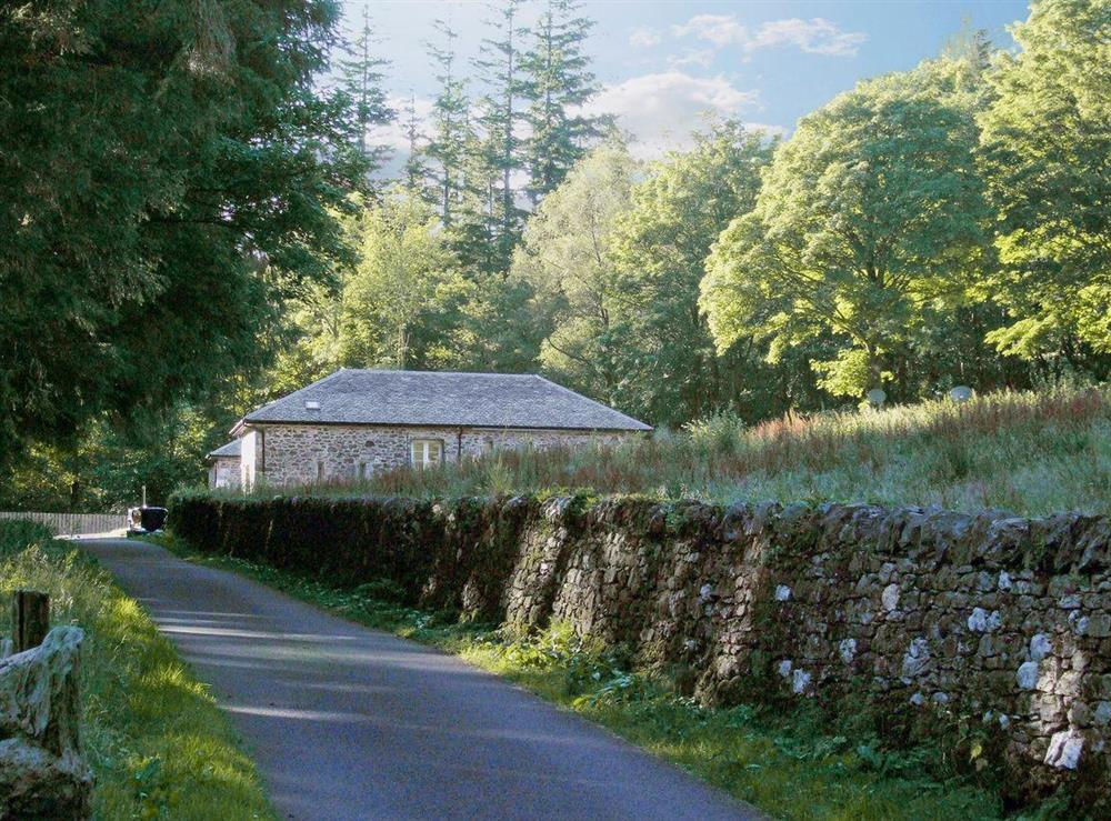 Private road leading to family friendly cottage situated in Trossachs National Park at Jacobite in Stirling, Stirlingshire