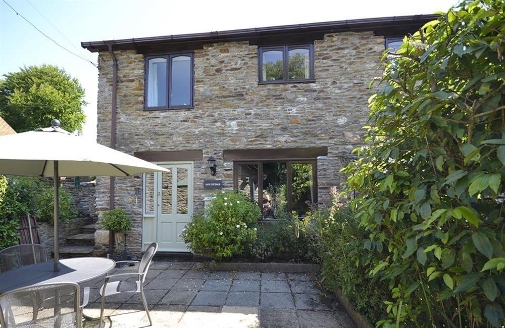 Another view of the exterior at Jays Cottage, Modbury