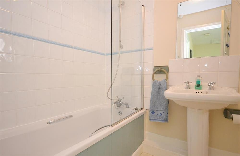 The bathroom at Jays Cottage, Modbury
