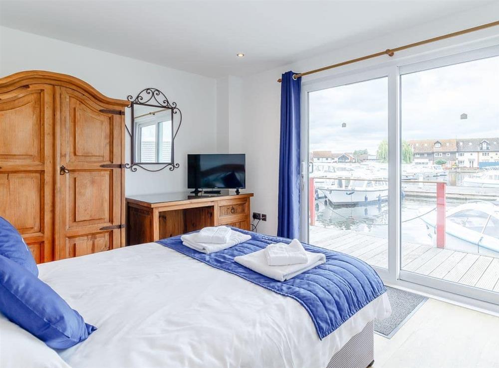 Double bedroom at Jib Sail in Wroxham, Norfolk