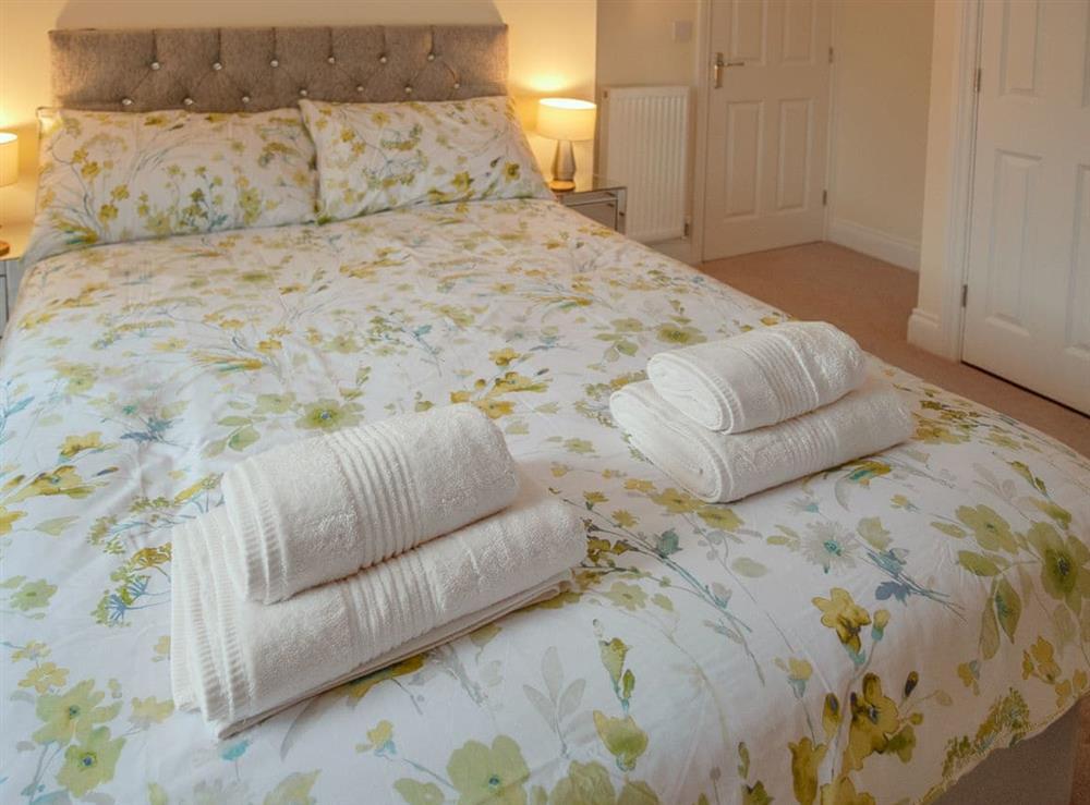 Double bedroom (photo 5) at Julians Retreat in Wroxham, Norfolk