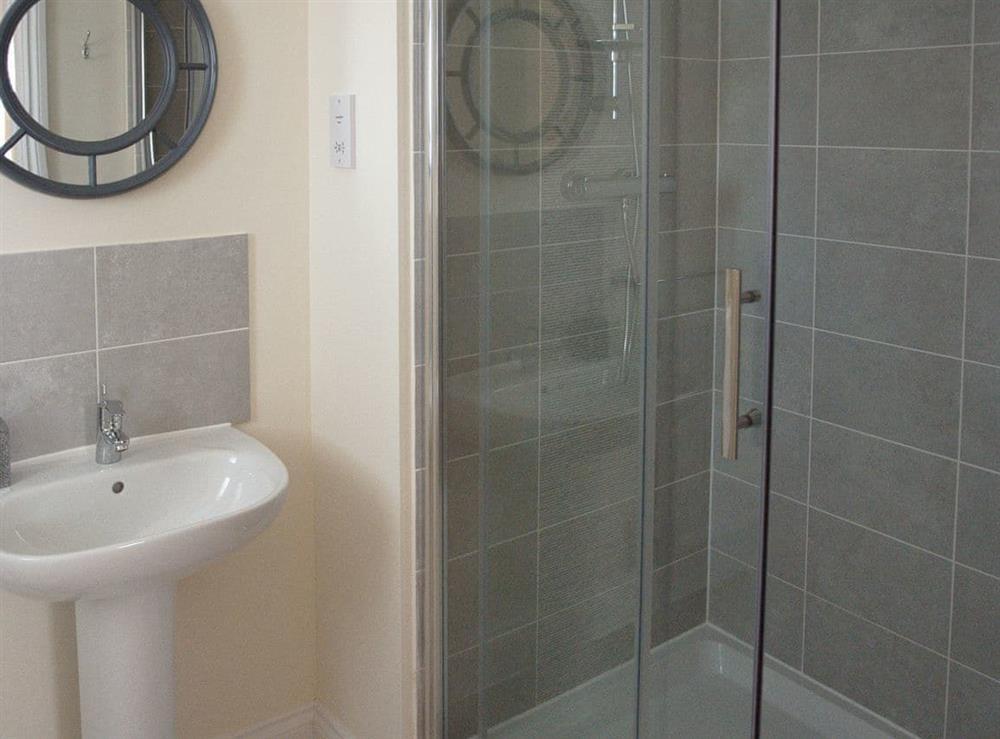 En-suite at Julians Retreat in Wroxham, Norfolk