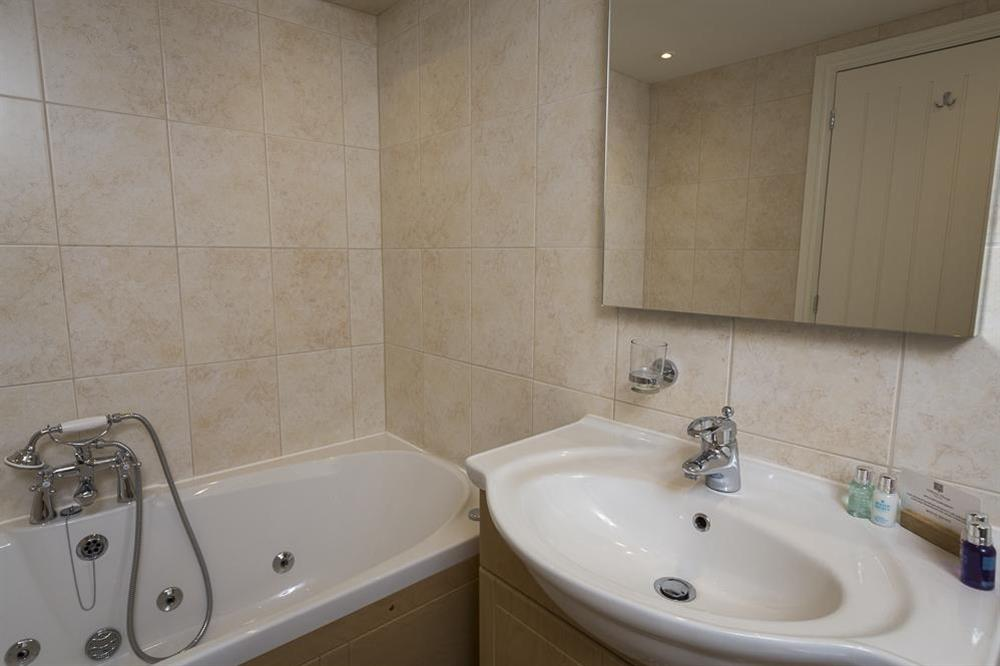 En suite bathroom (photo 2) at Keepers Cottage 5 in Hillfield, Dartmouth