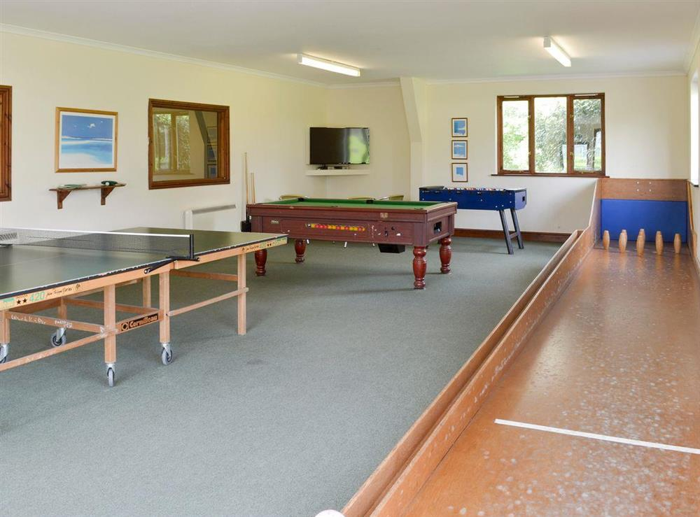 Well-appointed recreation room