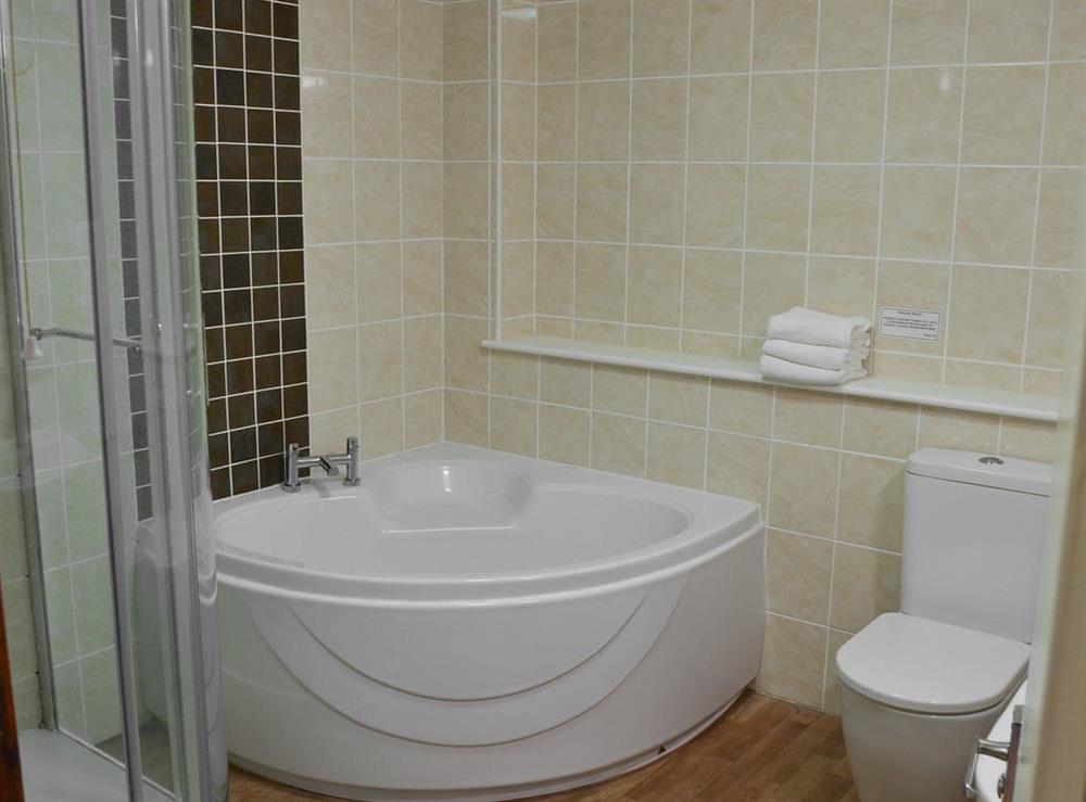 Bathroom at Kestrel Cottage in Horning, near Wroxham, Norfolk