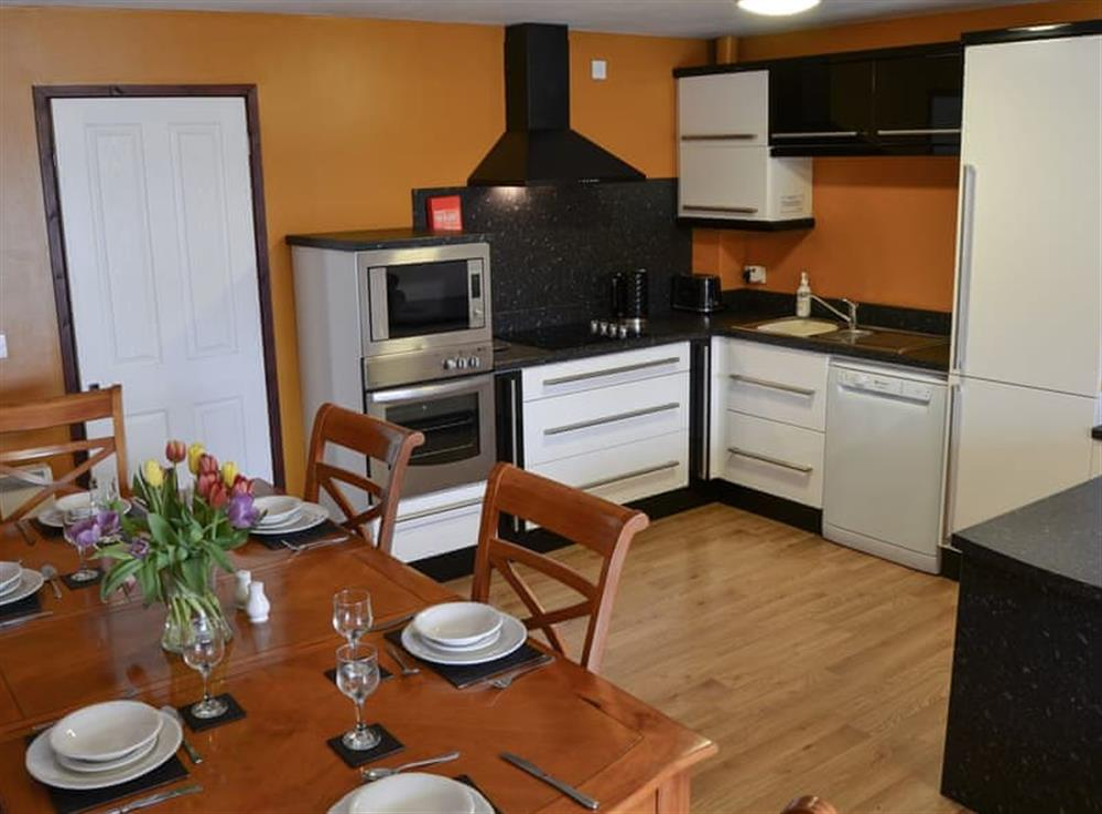 Open plan living space (photo 3) at Kestrel Cottage in Horning, near Wroxham, Norfolk