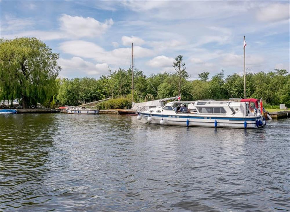 Excellent riverside location at Kingfisher Lodge in Horning, Norfolk