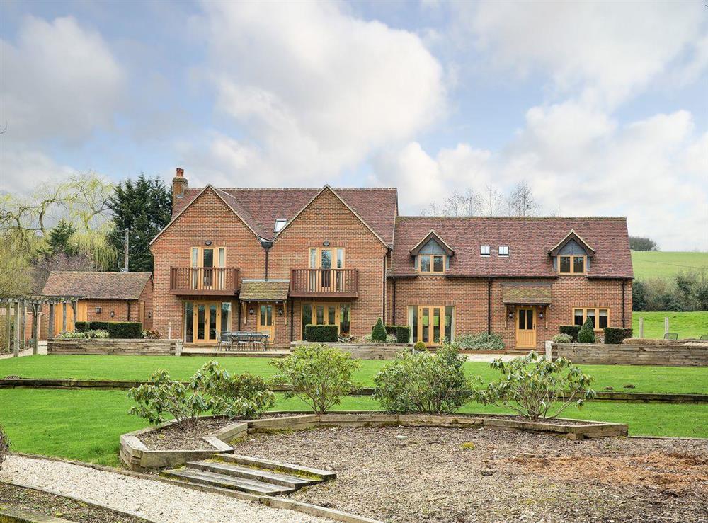 Imposing country retreat in rural Hertfordshire at Kingsbridge House in Near Welwyn, Hertfordshire