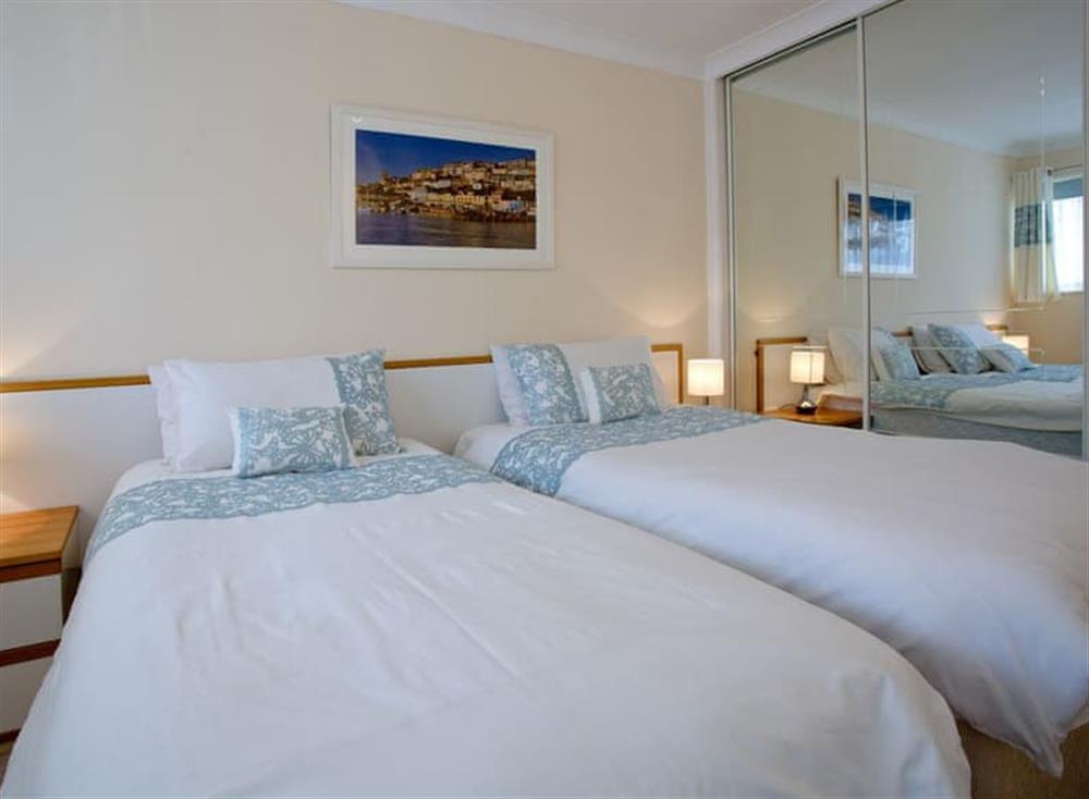 Twin bedroom at Kittiwakes in , Brixham