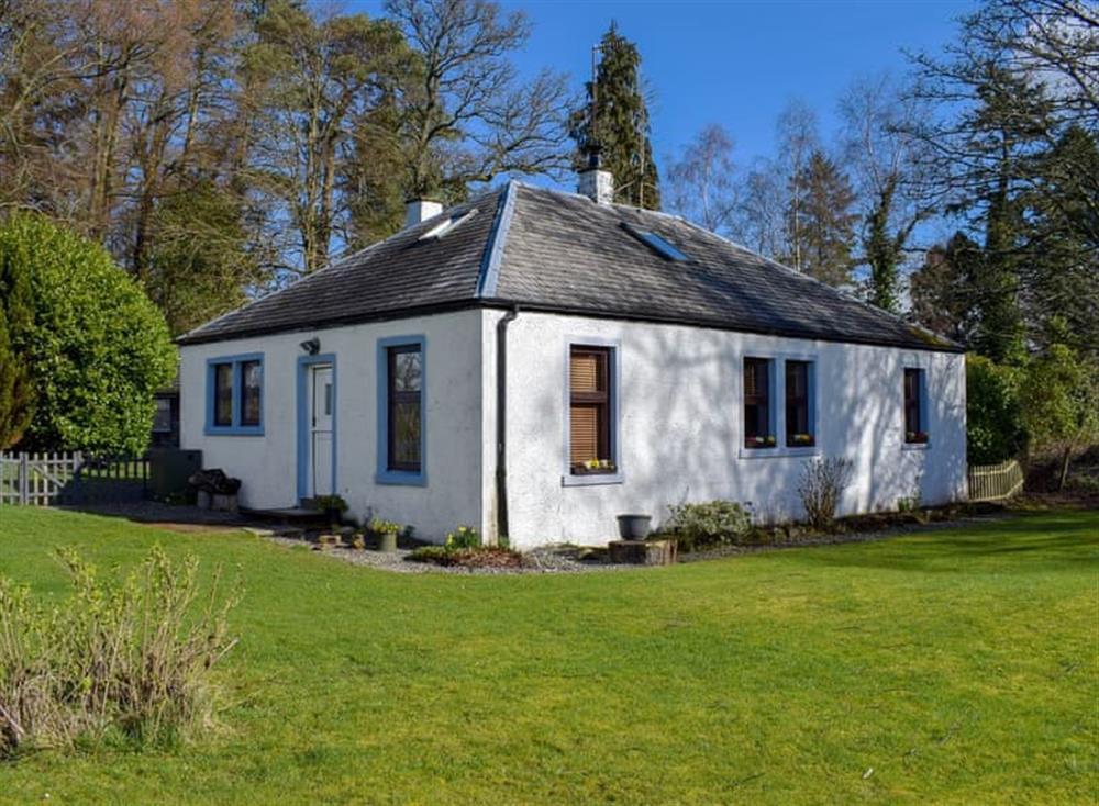 Charming property at Klimaronock Cottage in Gartocharn, near Drymen, Glasgow, Dumbartonshire
