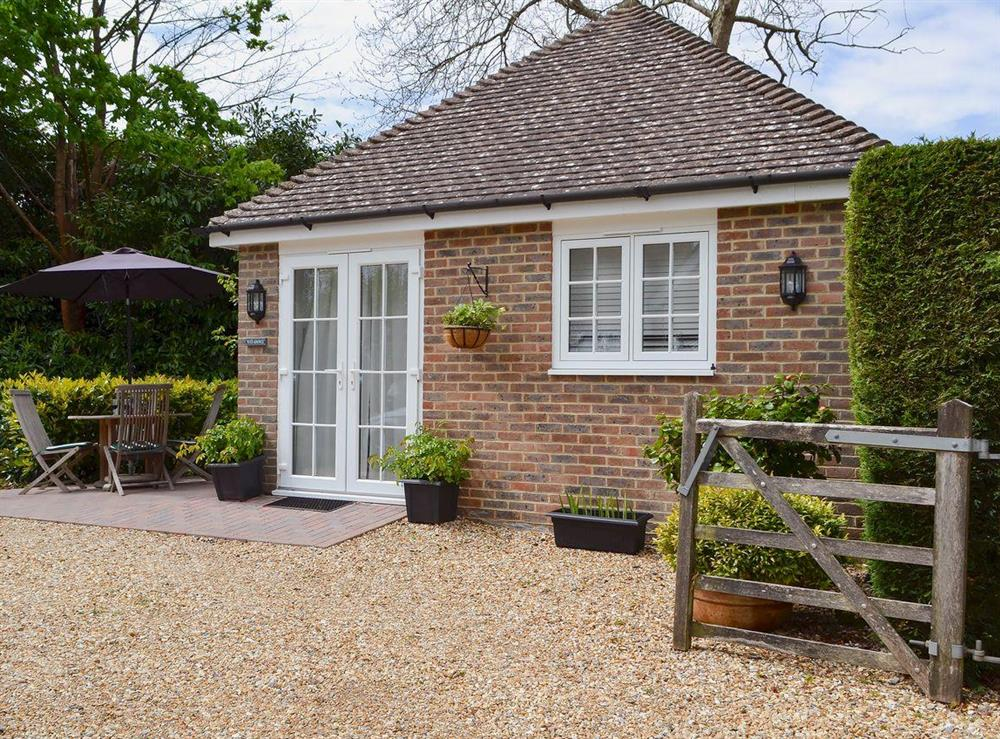 Cosy studio-style property at Petit Knowle,