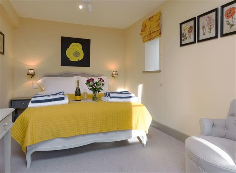 Large double bedroom at Cedar Cottage,