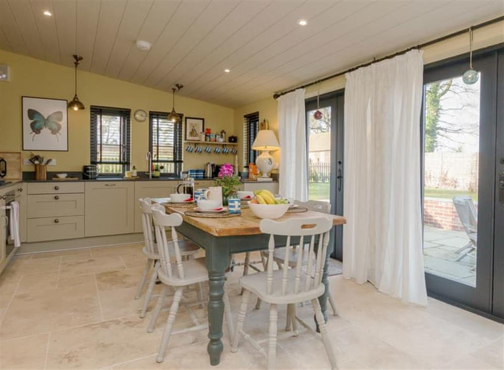 Spacious kitchen/ dining room at Cedar Cottage,