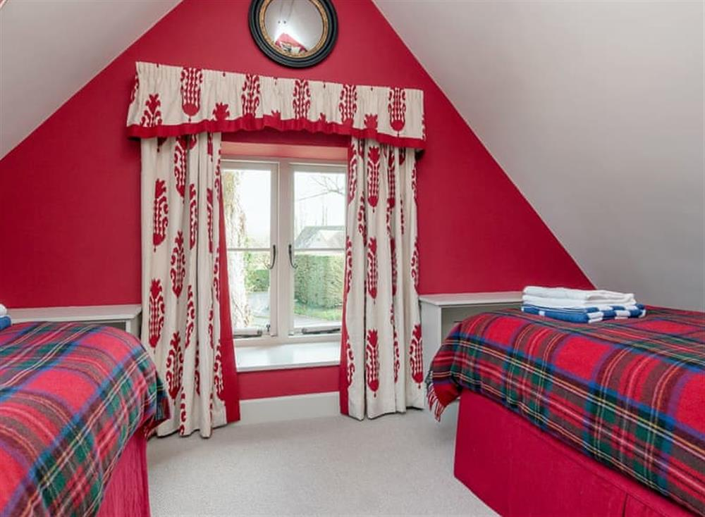 Twin bedroom at Cedar Cottage,