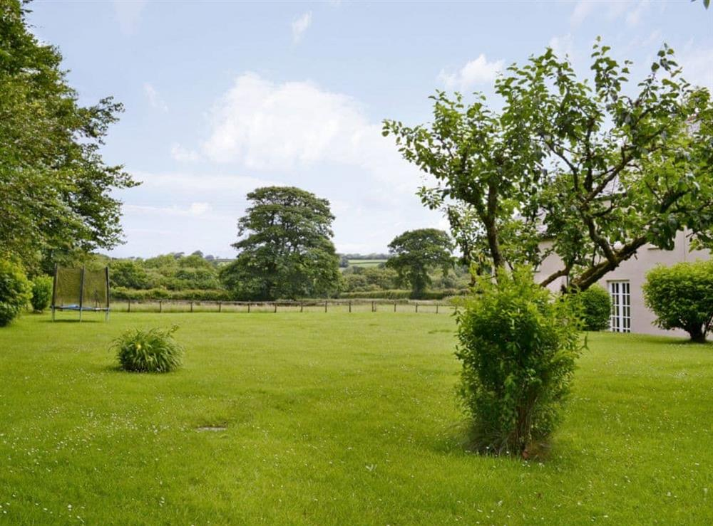 Large lawned garden at Toad Hall,