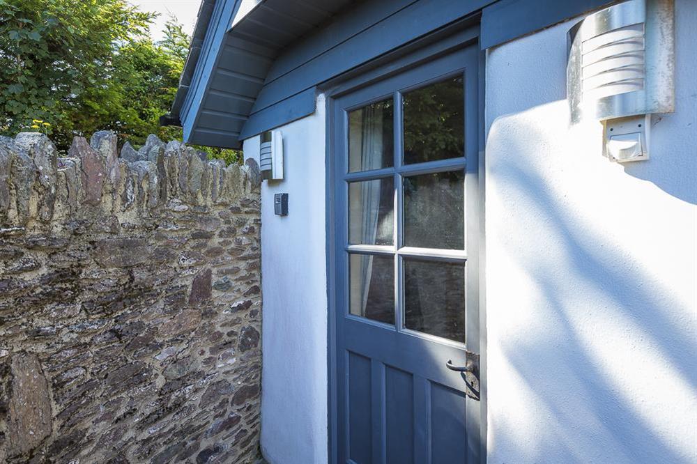 Little Cotton Farmhouse and Barn, Dartmouth (photo 7) at Little Cotton Farmhouse in Venn Lane, Nr Dartmouth