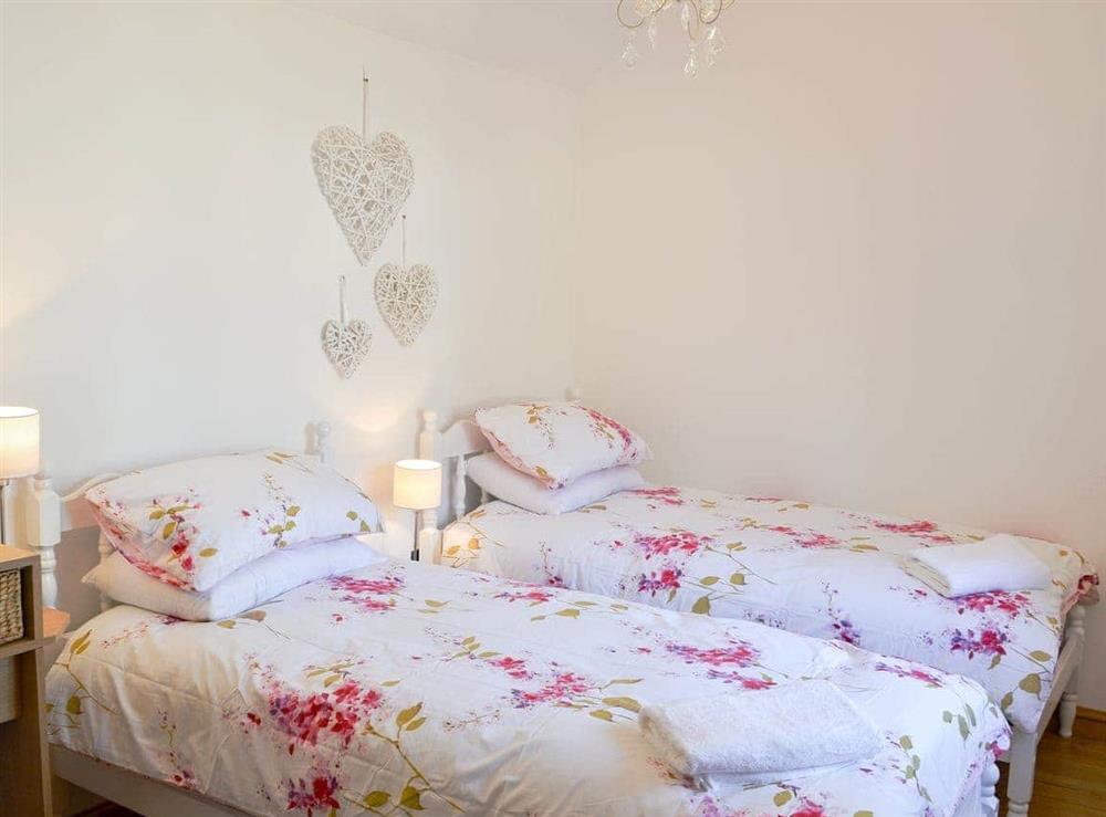 Twin bedroom at Little Tree Cottage in Skeyton, near Norwich, Norfolk