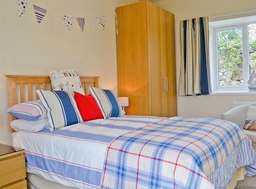 Double bedroom at Llwynbedw in St Dogmaels, near Cardigan, Dyfed