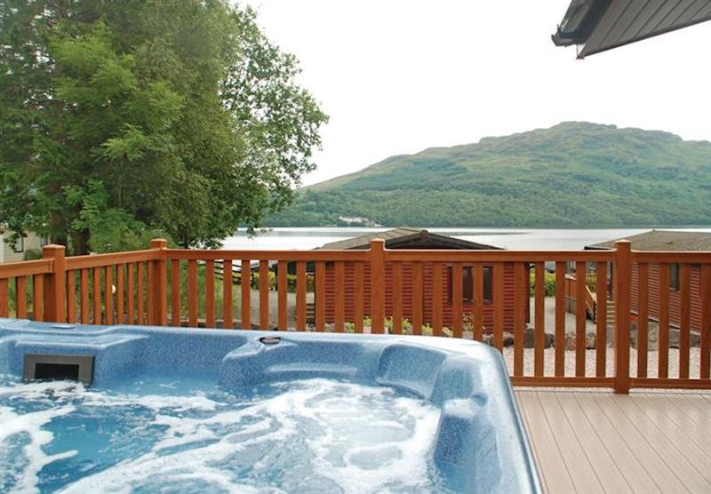 Lomond Royal Premier 2 at Loch Lomond Holiday Park in Inveruglas, Tarbet, Perthshire & Southern Highlands