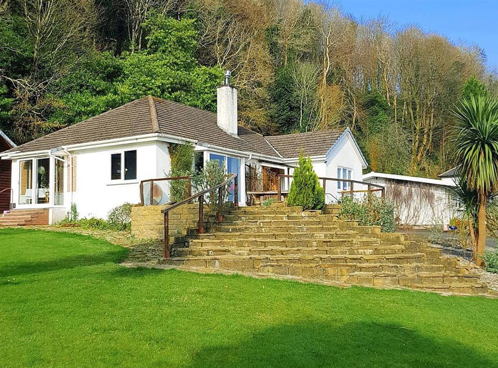 Lodge Eleonora is a detached property