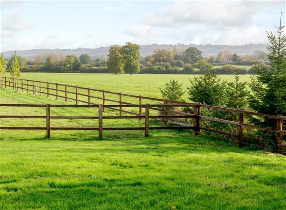 Beautiful views across the Wiltshire countryside (photo 2) at The Bull Pen 2,