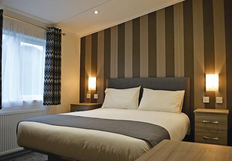Double bedroom in the Kingfisher Lodge at Longmead Country Escapes in Cheddar, Nr Wells