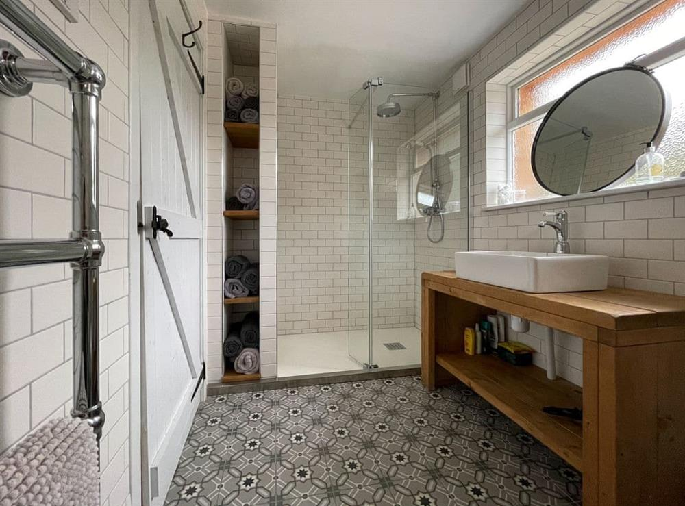 Shower room at Lower Hilton Cottage in Culrain, Lairg, Ross-Shire