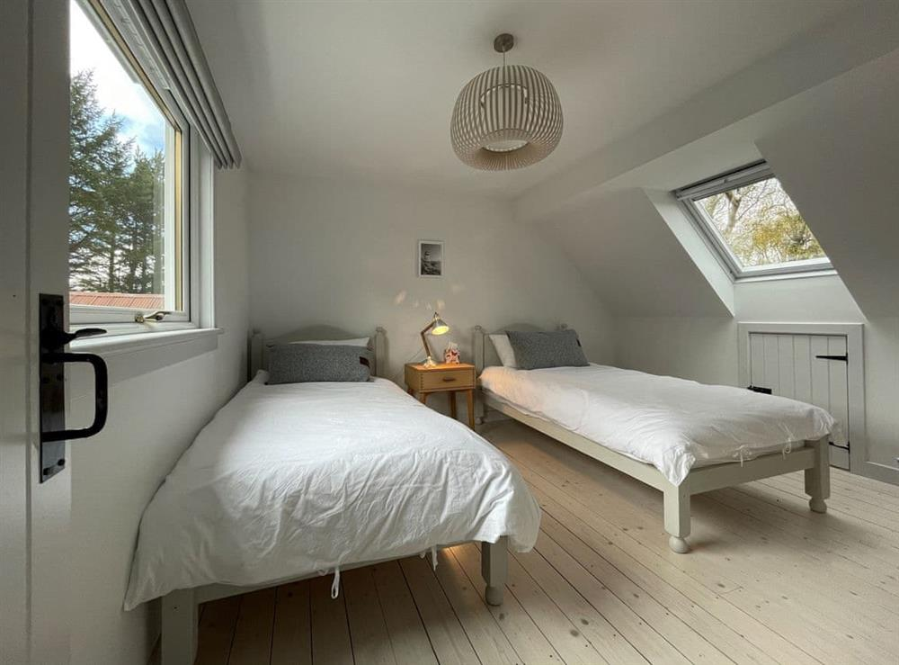 Twin bedroom at Lower Hilton Cottage in Culrain, Lairg, Ross-Shire