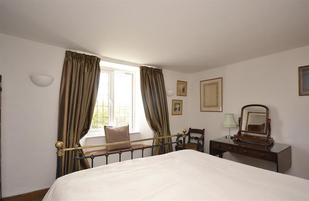Another view of the first double bedroom at Lydiard Cottage, Loddiswell