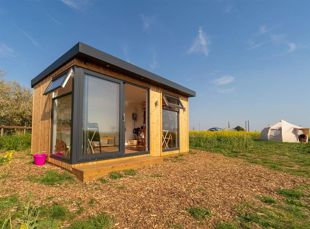 Shared summerhouse at Mad Hatter,