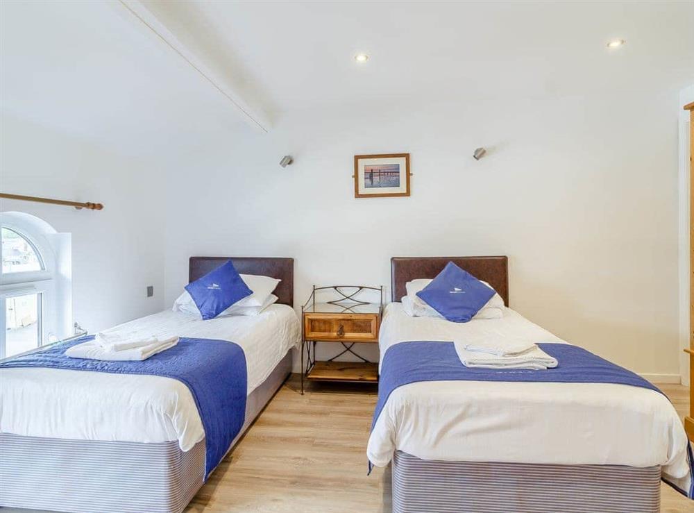 Twin bedroom at Main Sail in Wroxham, Norfolk