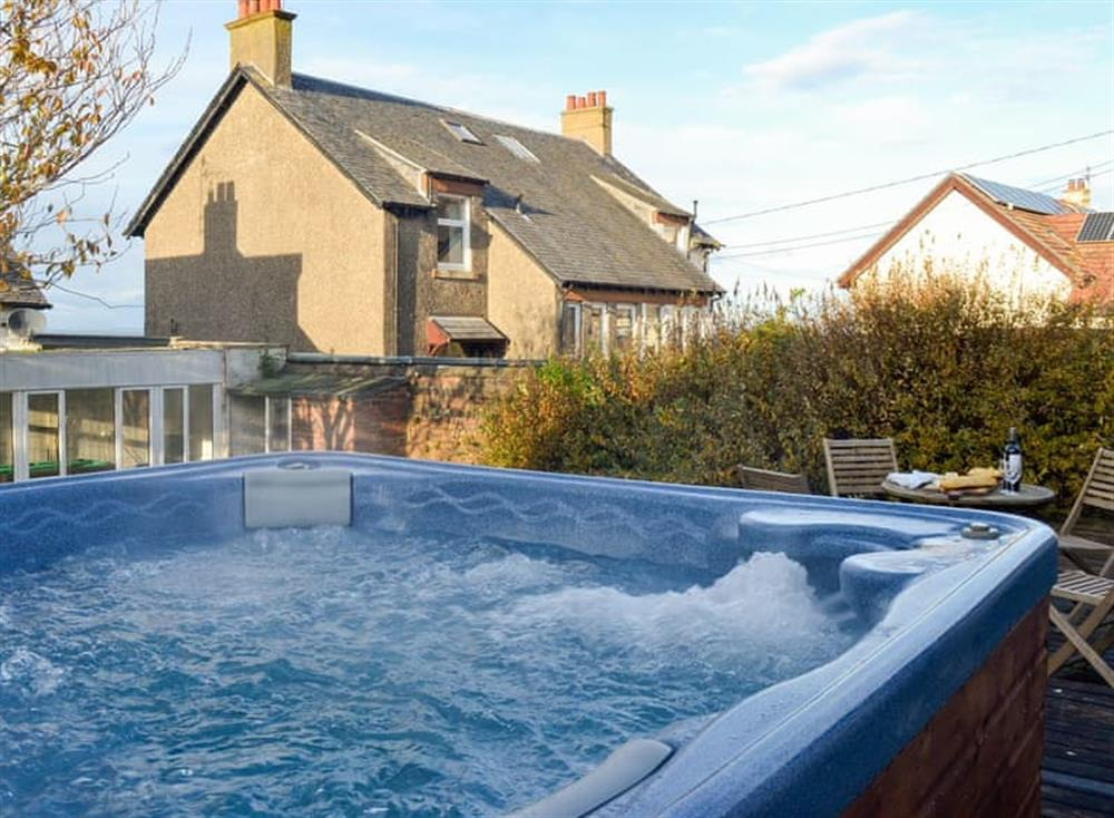 Hot tub at Mainslea in Dunure, near Ayr, Ayrshire