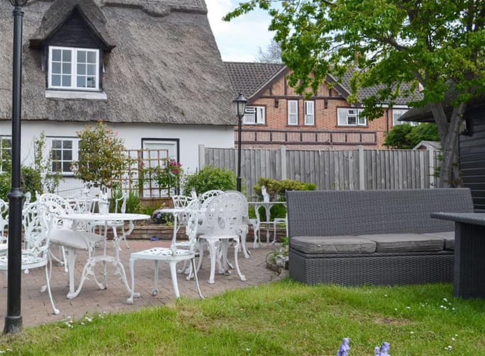 Delightful thatched holiday home at Maisies Cottage in Horning, near Norwich, Norfolk