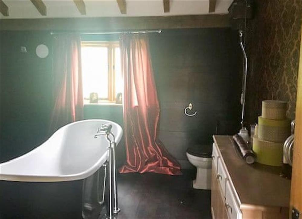 Bathroom at Manor Farm Barn in Pixey Green, near Eye, Suffolk