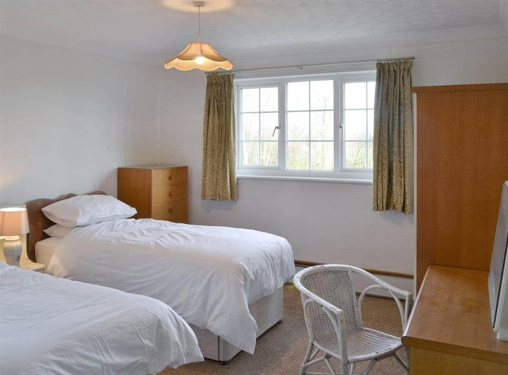 Light and airy twin bedroom at Marsh Farmhouse in Acle, Norwich, Norfolk