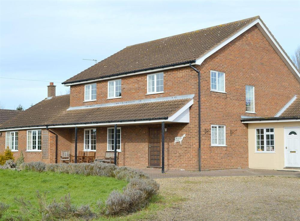 Substantial holiday property at Marsh Farmhouse in Acle, Norwich, Norfolk
