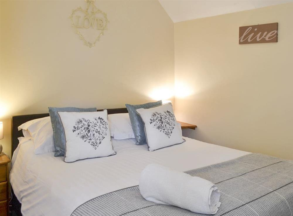 Relaxing double bedroom at Belgian Cottage,