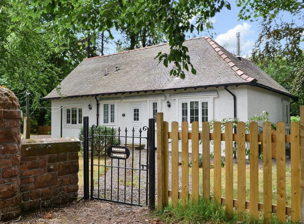 Traditional detached cottage at Maynes Lodge in Symington, near Biggar, Lanarkshire