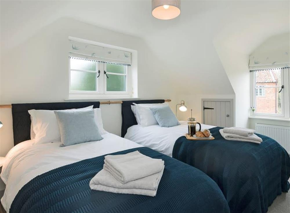Charming twin bedroom at Meadow View in North Walsham, Norfolk