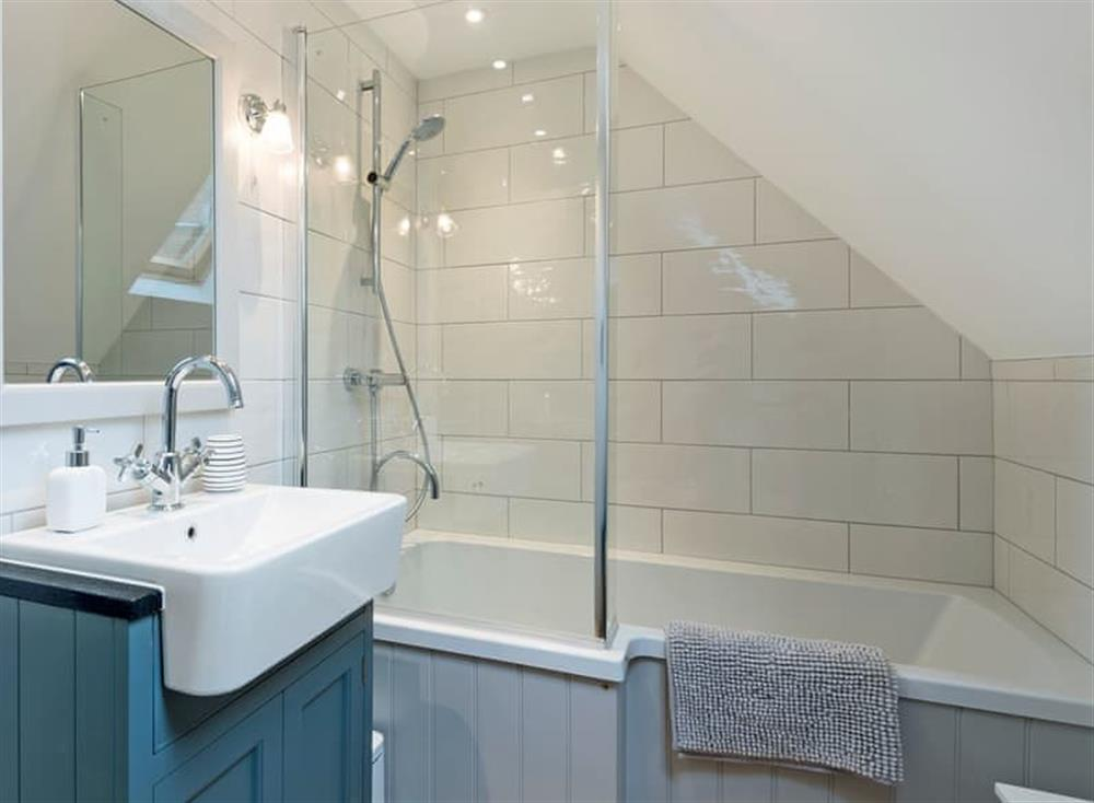 Modern style bathroom at Meadow View in North Walsham, Norfolk